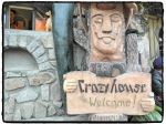 Crazy House Eingang